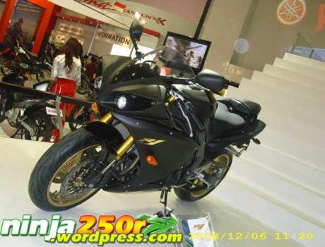 The All New yamaha YZF R1 2009 !!
