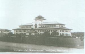gedung_sate_2_(1924)