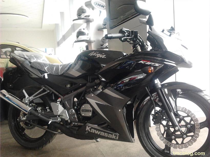 Impresi Fisik New 2012 Kawasaki Ninja 150 RR   tmcblog.com