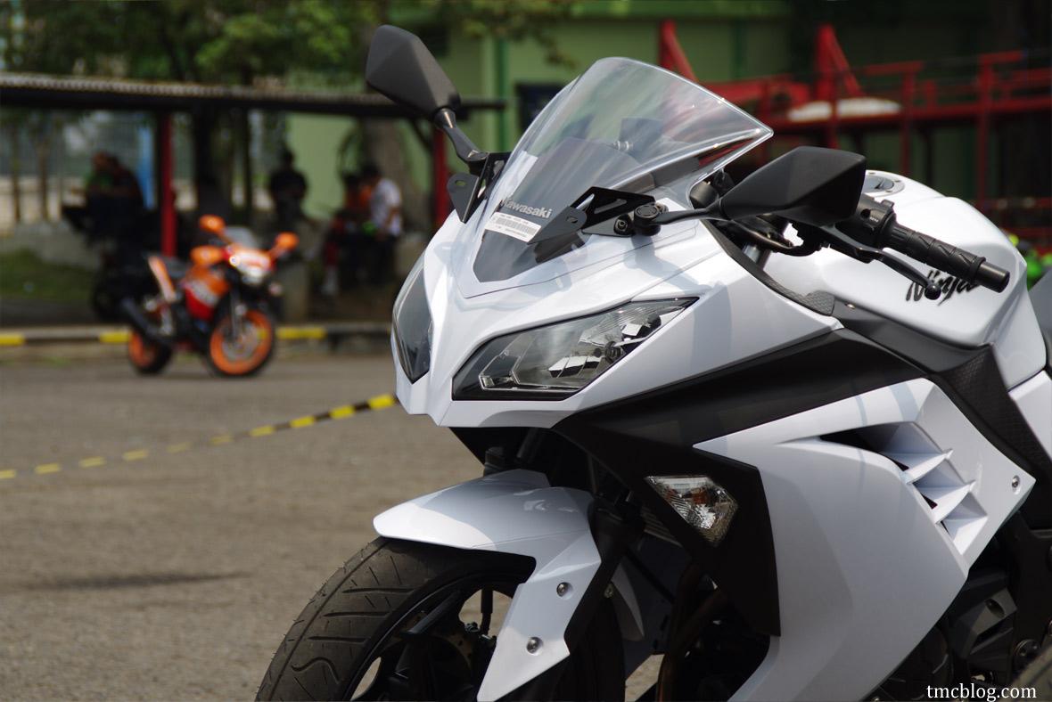 Kawasaki Ninja 250R 2013 với ABS tuyệt đẹp!