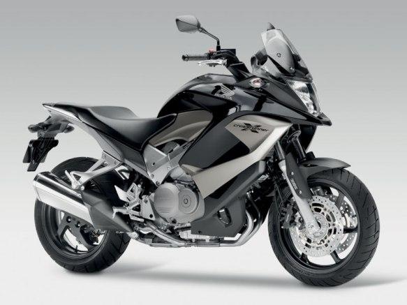 2011-Honda-Crossrunner-2