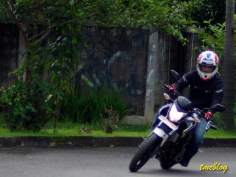 Bakar Honda CB150R . . . 50,25 km/liter Premium !! Januari 25, 2013