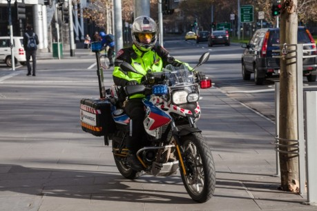 motorcycle-paramedic-ambulance-photo-story-71