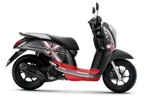 honda-scoopy-i-club12-2013-31