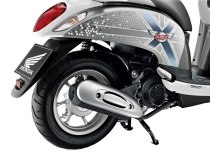 honda-scoopy-i-club12-2013-52
