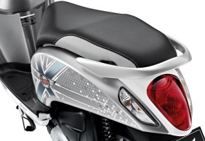 honda-scoopy-i-club12-2013-54