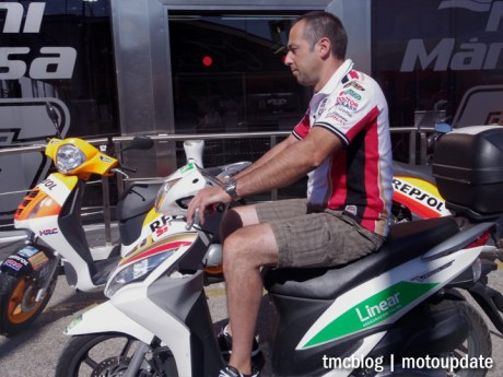 Misano_paddock_scooter_1
