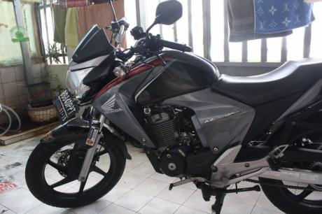 Honda_New_Megapro_3