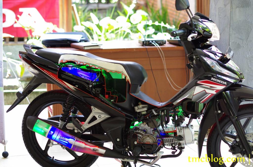 Modifikasi  Modifikasi Honda Revo Fit Injeksi