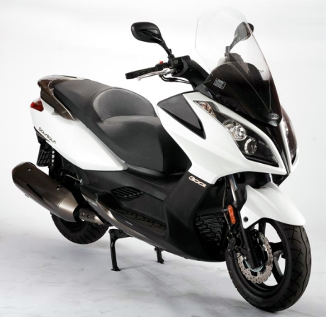 kymco-downtown-200i_interior_0