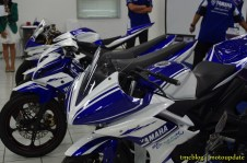 R15_racing_007 (Copy)