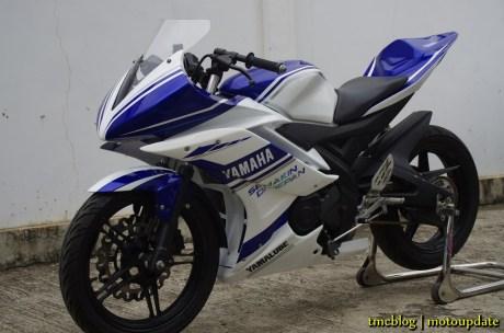 R15_racing_049 (Copy)