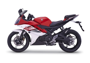 06_YZF-R15_RED_2