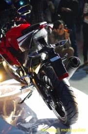 Launching_Yamaha_R15127