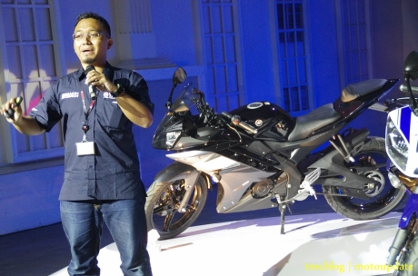 Launching_Yamaha_R1517