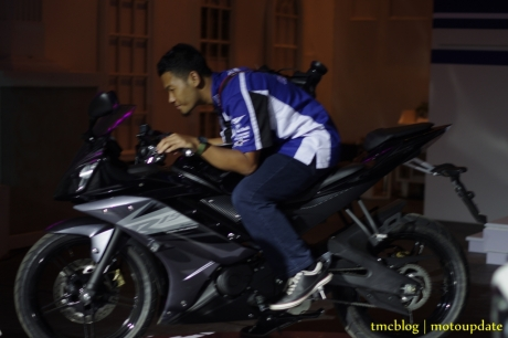 Launching_Yamaha_R15179