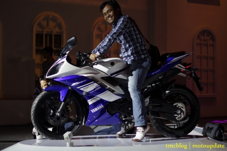 Launching_Yamaha_R15187
