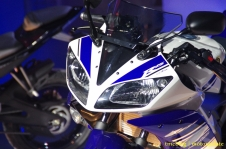 Launching_Yamaha_R1519