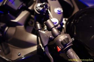 Launching_Yamaha_R1550