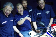 Launching_Yamaha_R1565
