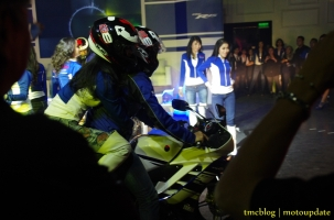 Launching_Yamaha_R157