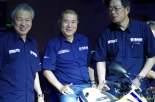 Launching_Yamaha_R1571