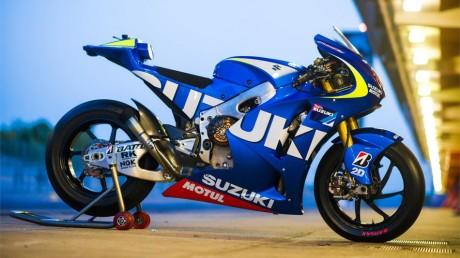 suzuki-motogpspanish-testshighres3_slideshow_169