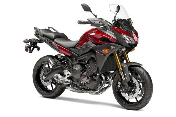 2015-Yamaha-FJ-09-MT-09-Tracer-20