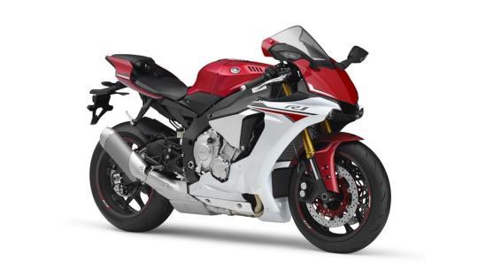 2015-Yamaha-YZF-R1-EU-Racing-Red-Studio-001
